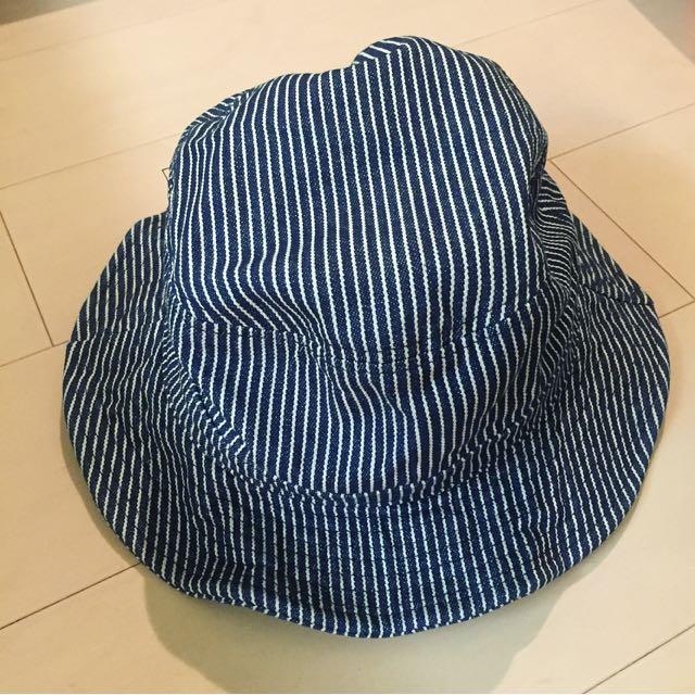 條紋帽帽2