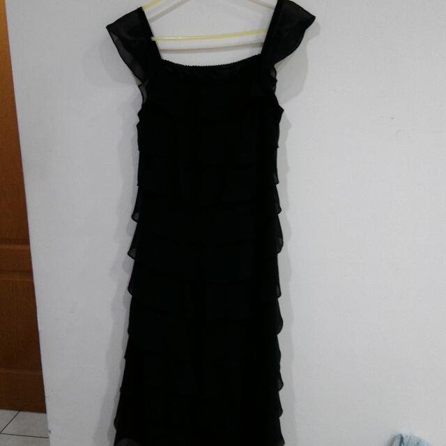 二手8成新黑色蛋糕裙