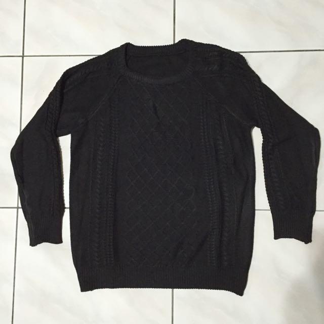 黑色螺紋針織毛衣