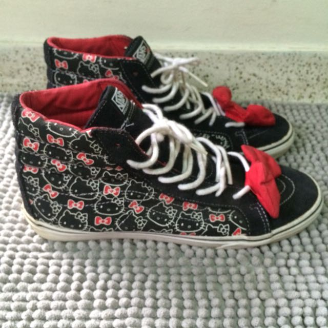9fc2ad3f67 Vans X Hello Kitty Sk8 Hi Skate Shoe Old Skool New Era Size 9 ...