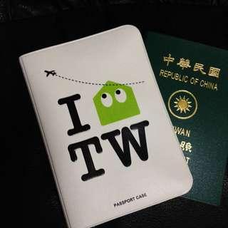 含運 護照夾 護照套 來自台灣 FOUFOU X BON
