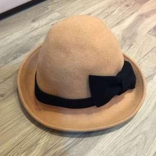 駝色蝴蝶結造型帽子(秋冬款式)