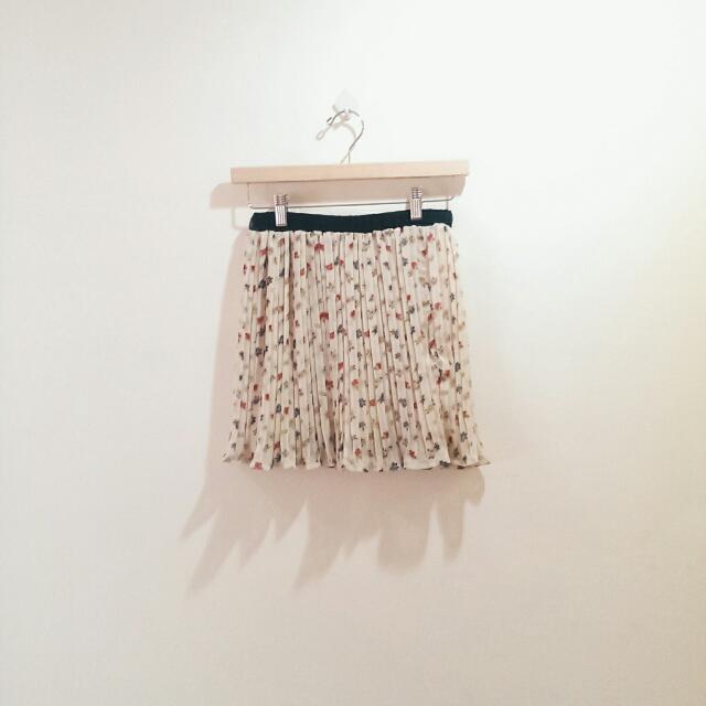 全新_Lulu's_花漾滿版鬆緊百褶雪紡短裙