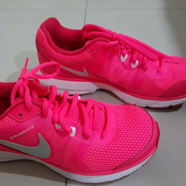 Nike運動慢跑鞋