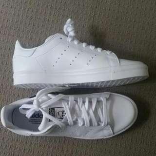 Adidas Stan Smith BNWT - White
