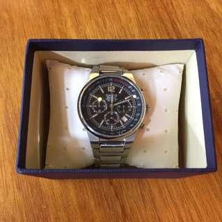 Casio 多眼式賽車計時錶