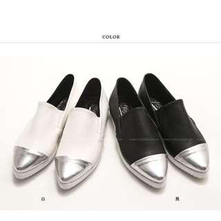 ((降價))全新金屬感拼接尖頭懶人鞋