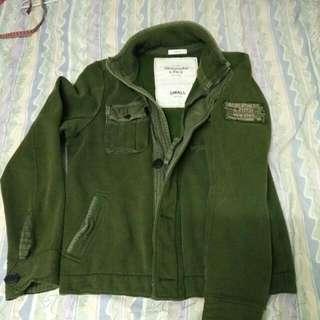 A&F   軍綠色  軍裝型外套,