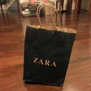 降👇 Zara 黑色 低跟 露趾 交叉 涼鞋 37 / 23