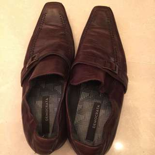 Used Democrata Brown Shoes For Men