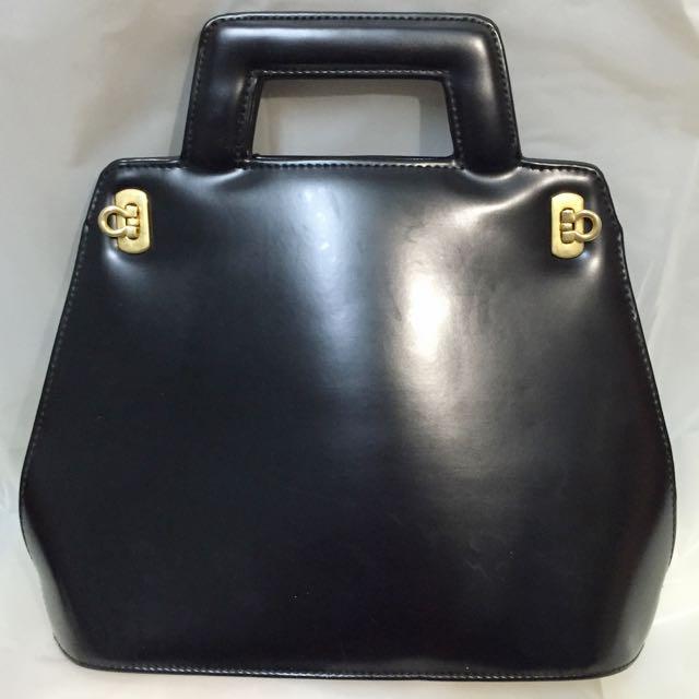 二手黑色復古硬殼手提包