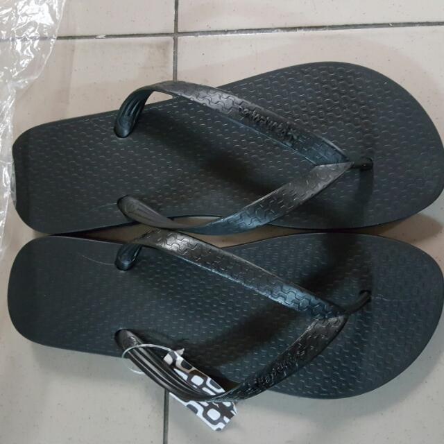 巴西人字拖鞋