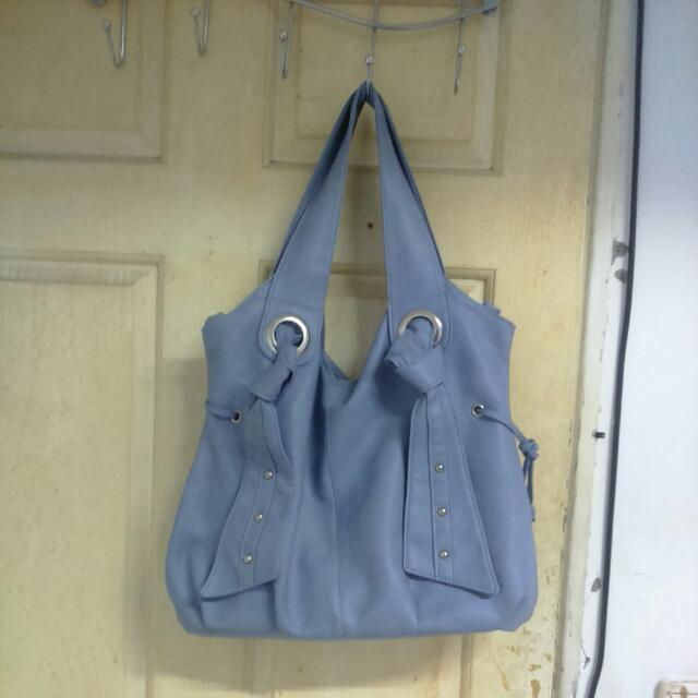 淺藍手提包
