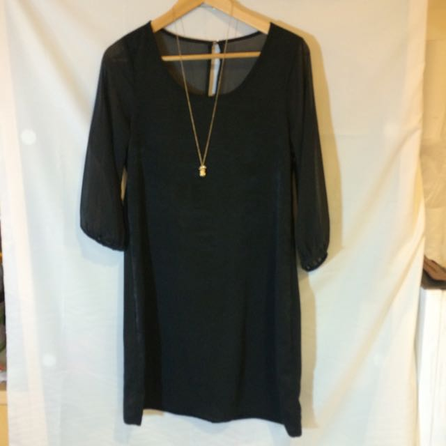 黑色 設計師款 小洋裝 很有質感!