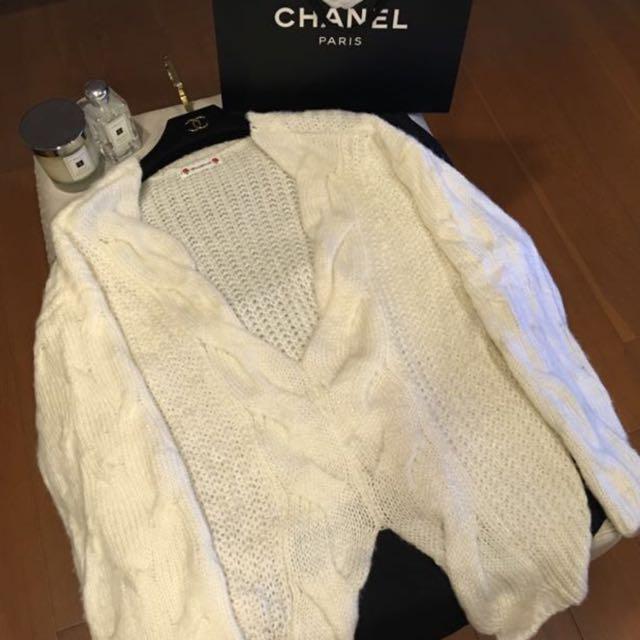 FW低胸下擺開衩寬鬆厚針織毛衣