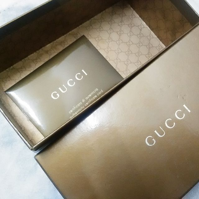 9bc8e920900 GUCCI Authentic Card and Sunglasses Box, Luxury on Carousell