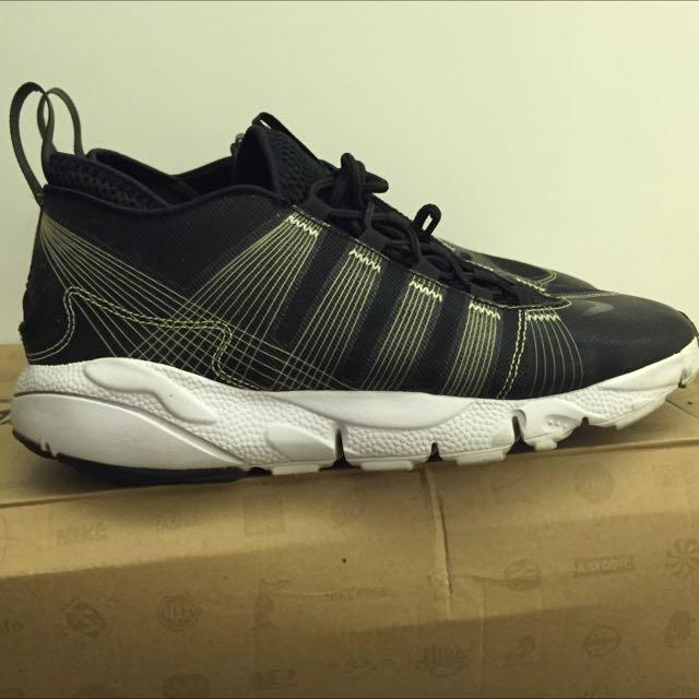 Nike Footscape Woven Motion卡通先生