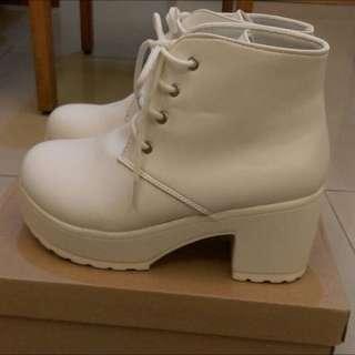 全新 白鞋 高跟 厚底 109辣妹 免運