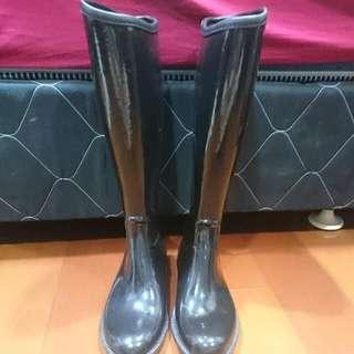 高筒黑色亮面雨鞋靴