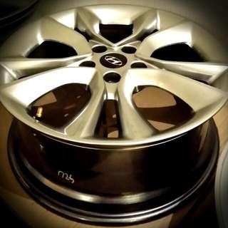 "Original Hyundai Veloster 18"" Wheels"