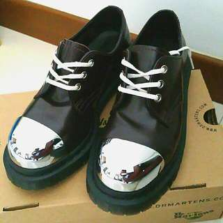 Dr Marten Shoes(Pre-Owned by 1/2 of Jefflyn)