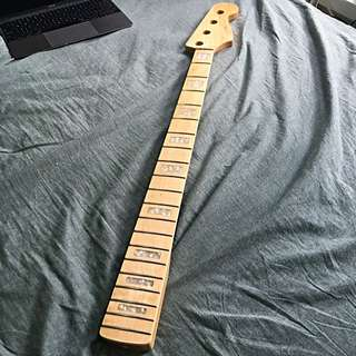 4 String Bass neck (reserved)