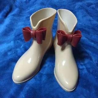 日本奶茶色低筒v字蝴蝶結雨靴