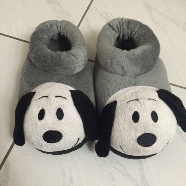 毛茸茸保暖小狗拖鞋