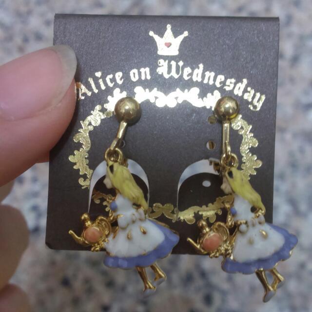 日本愛莉絲世界帶回的愛莉絲耳環