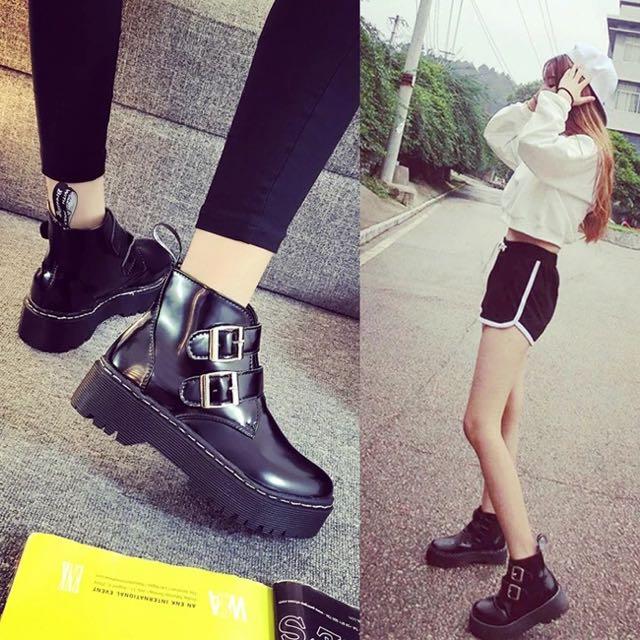 預❗️原宿雙釦馬丁靴