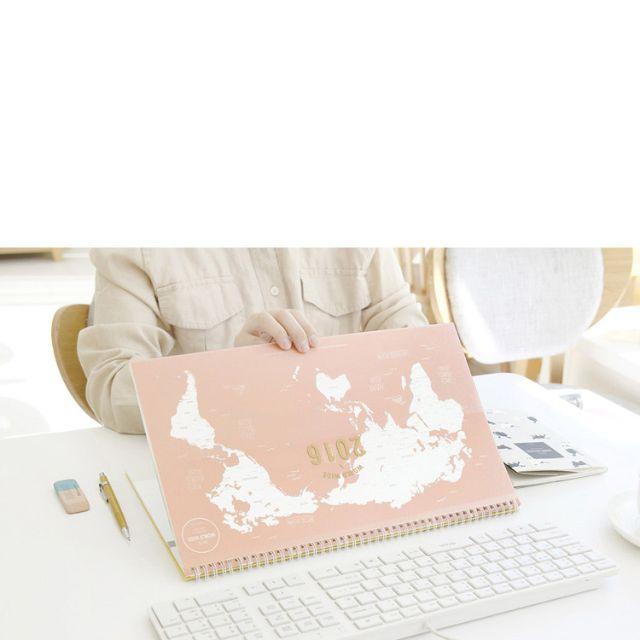 2016 world map desk calendar womens fashion on carousell gumiabroncs Gallery