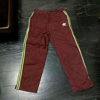 adidas休閒褲(少見款)