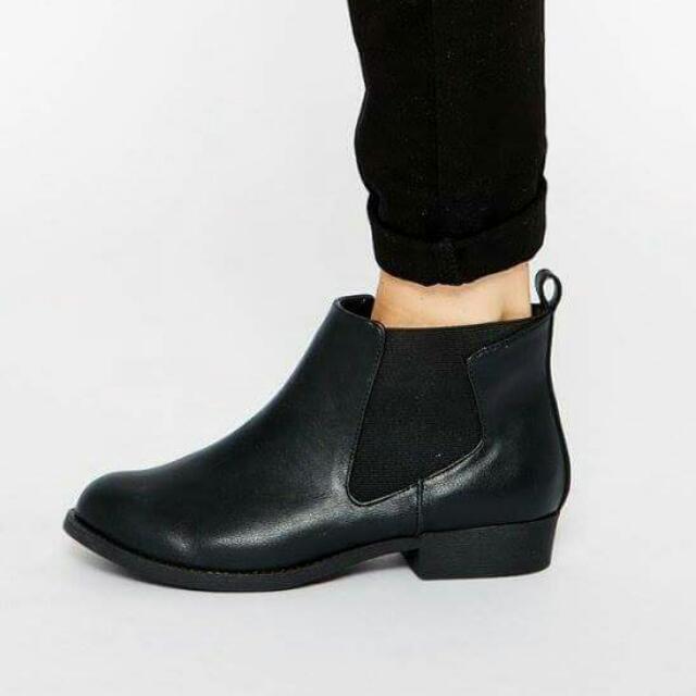 全新英國ASOS尖頭黑色皮質皮革拼接鬆緊帶歐美時尚百搭低跟平底短靴踝靴UK7 25 40 41