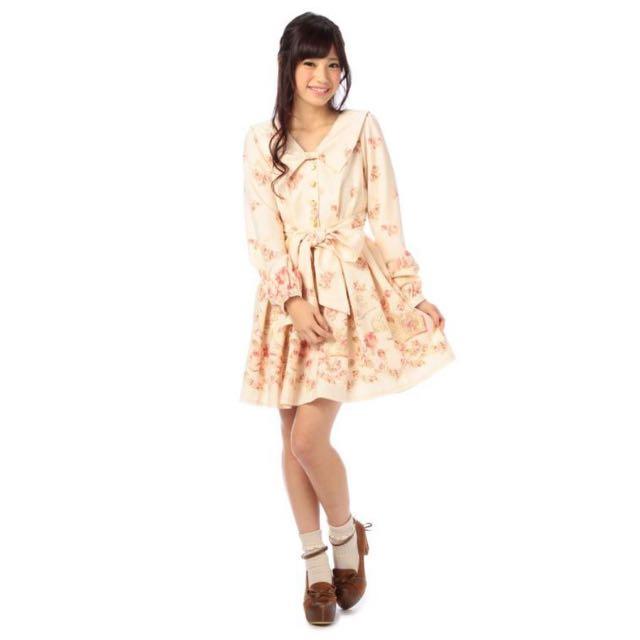 (保留中)LIZ LISA 正品🎀 愛心釦玫瑰花書本柄長袖洋裝