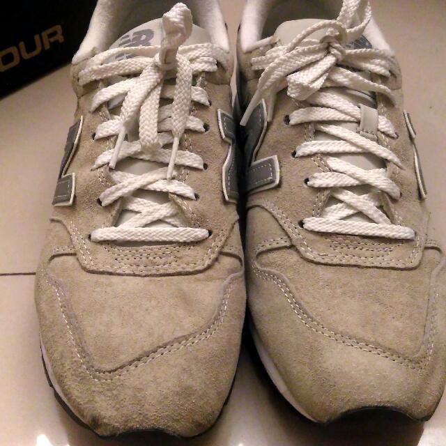 new balance 996 白灰 US9.5 27.5公分 9成新 慢跑休閒鞋