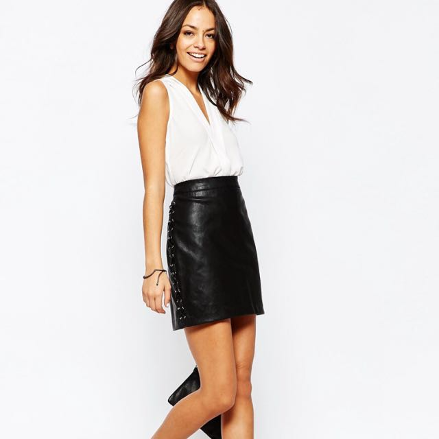 f39651889e73 New Look Lace Up Side Leather Look Mini Skirt, Women's Fashion on ...
