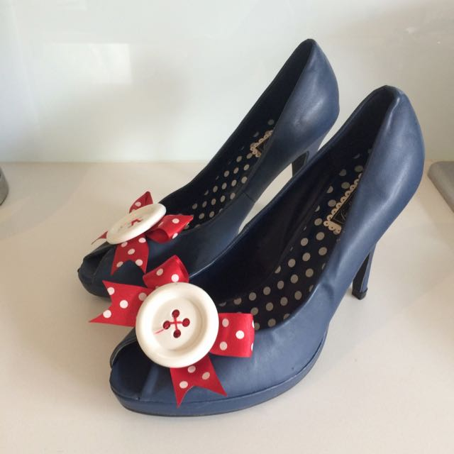 Pin Up Girl Style Peep Toe Shoes