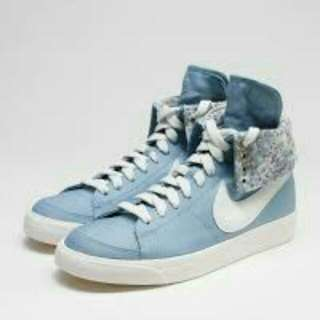 Nike帆布鞋(👣24👣)