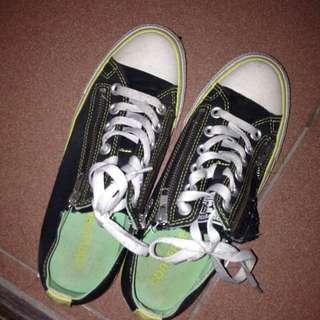 converse帆布鞋39碼拉鏈鞋帶穿脫方便