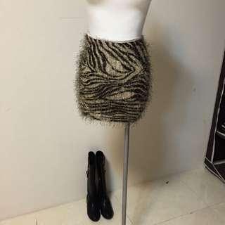 豹紋毛毛短裙