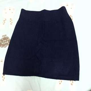 深藍伸縮針織短裙