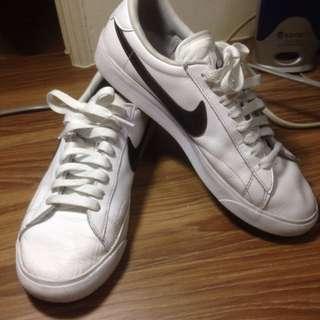 Nike US8  25CM球鞋