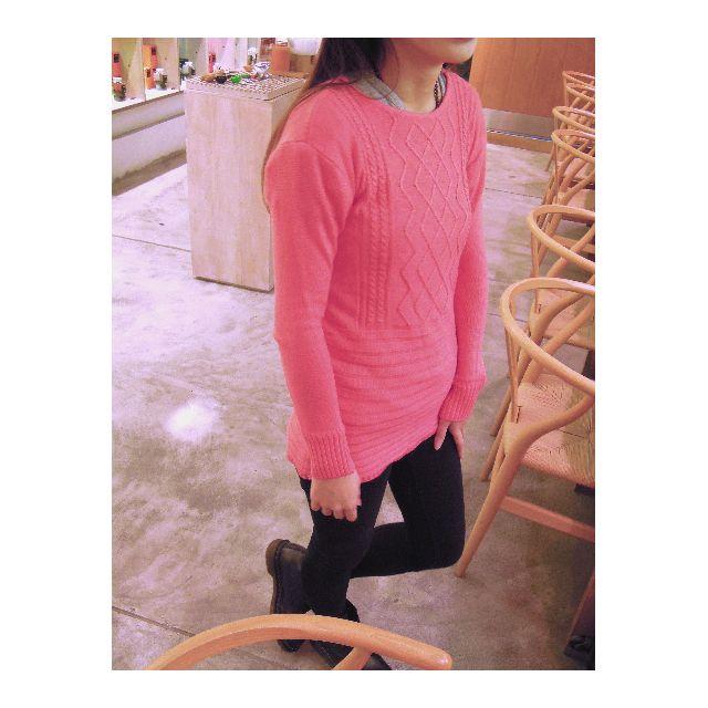 珊瑚粉紅長毛衣