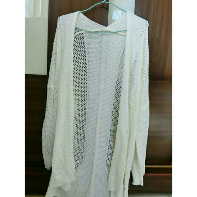 米白色罩衫