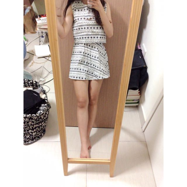 氣質民族風套裝(短版上衣+短裙)