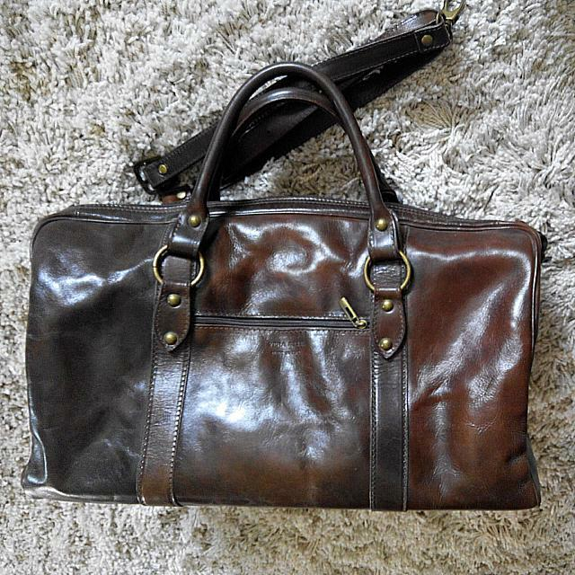 7fe8d2006dec Designer Leather Duffle BAG w Gold Links (Bought In Italy) Overnight ...