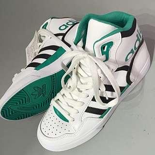 Adidas 高筒復古運動鞋
