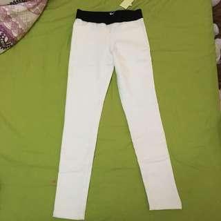 正韓內搭褲-白色