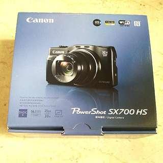 BNIB Canon Powershot SX700HS