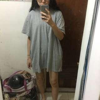 灰色寬鬆洋裝